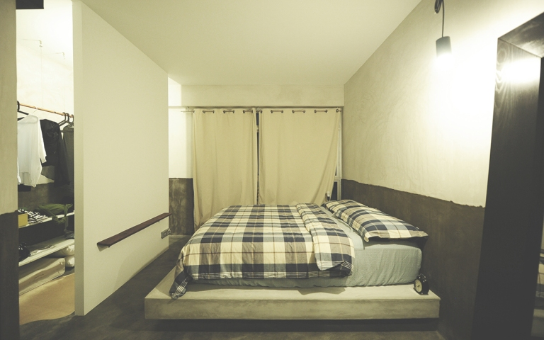 bed small.JPG